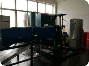 Isostatic pressing machine