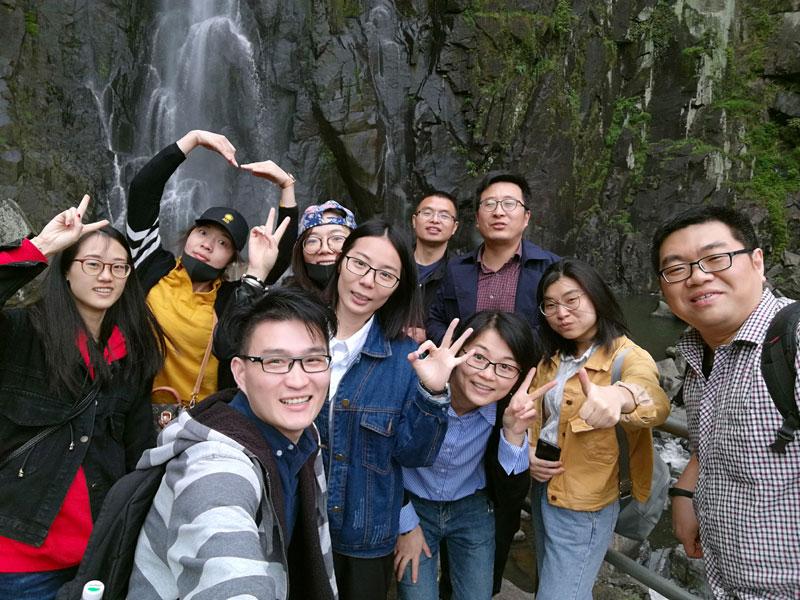 Spring Tour Xuedou Mountain In April